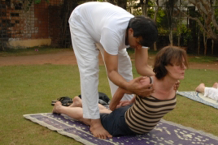 intense privat yoga classes in groups or single